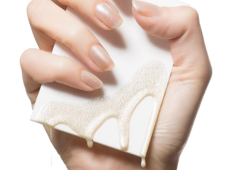 Acrylic Nails And Gel Polish Can Cause Skin Allergies