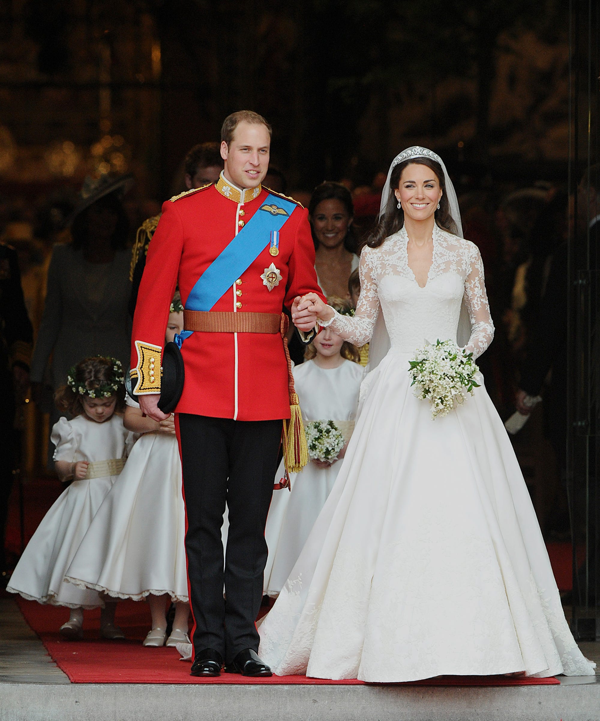 dc7e8ccfcd45 H M s Wedding Range Includes A Kate Middleton Look-A-Like
