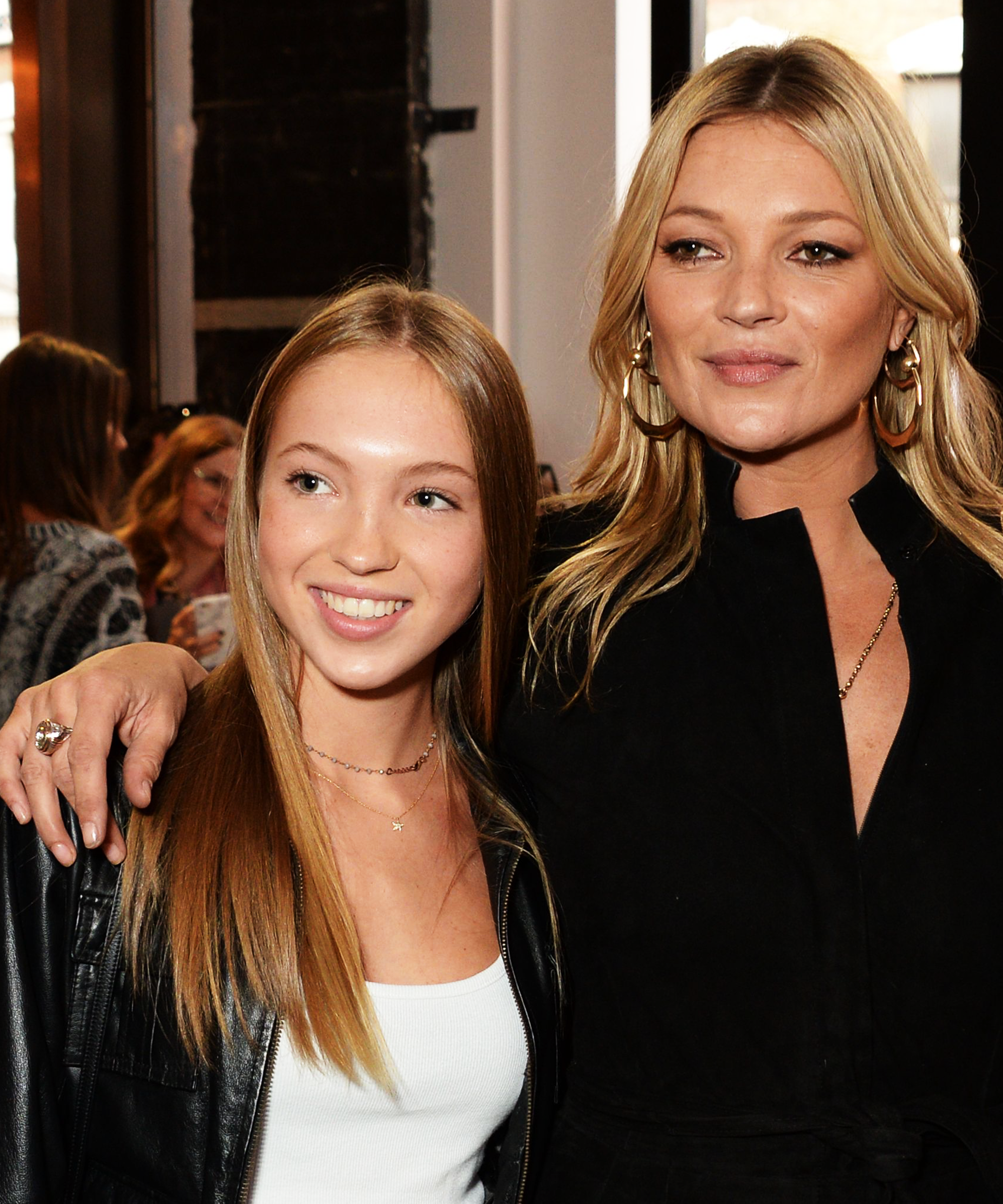 Discussion on this topic: Kate Moss is an Embarrassing' Mom, Says , kate-moss-is-an-embarrassing-mom-says/