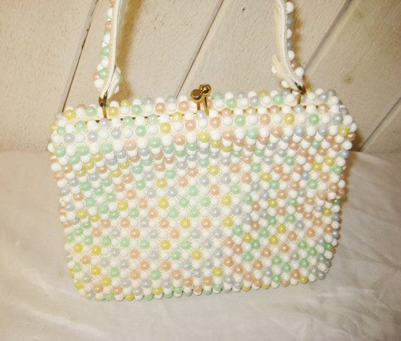 Best etsy vintage bag trends sac basket cheap options turns out etsy has tons of vintage beaded purses that resemble the shrimps one for a fraction of the price gumiabroncs Images