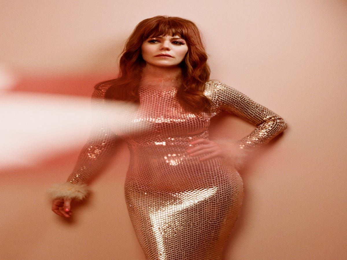 New Music To Know This Week: Jenny Lewis Has Canyon Vibes, Chloe Lilac Is Not Your Manic Pixie Girl & More