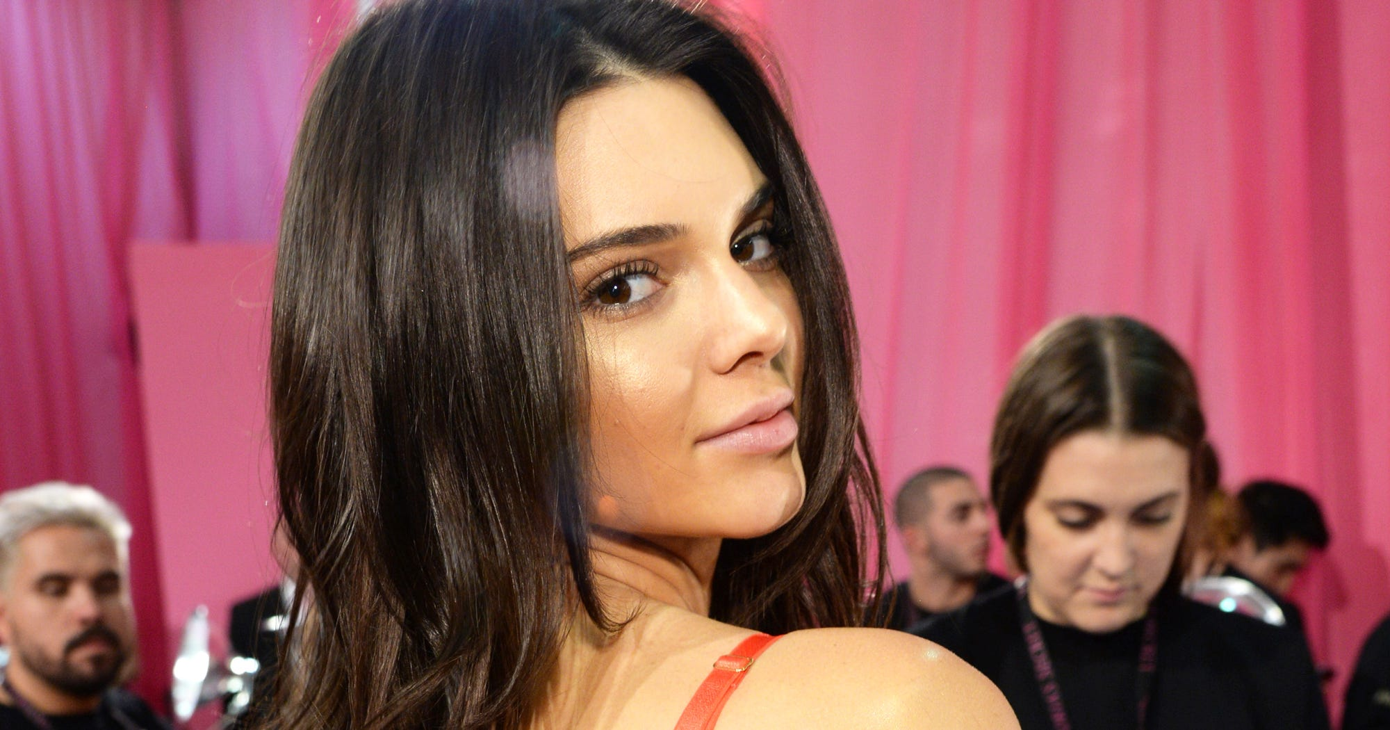 Prepare Yourselves With This Guide To The Victoria's Secret Fashion Show