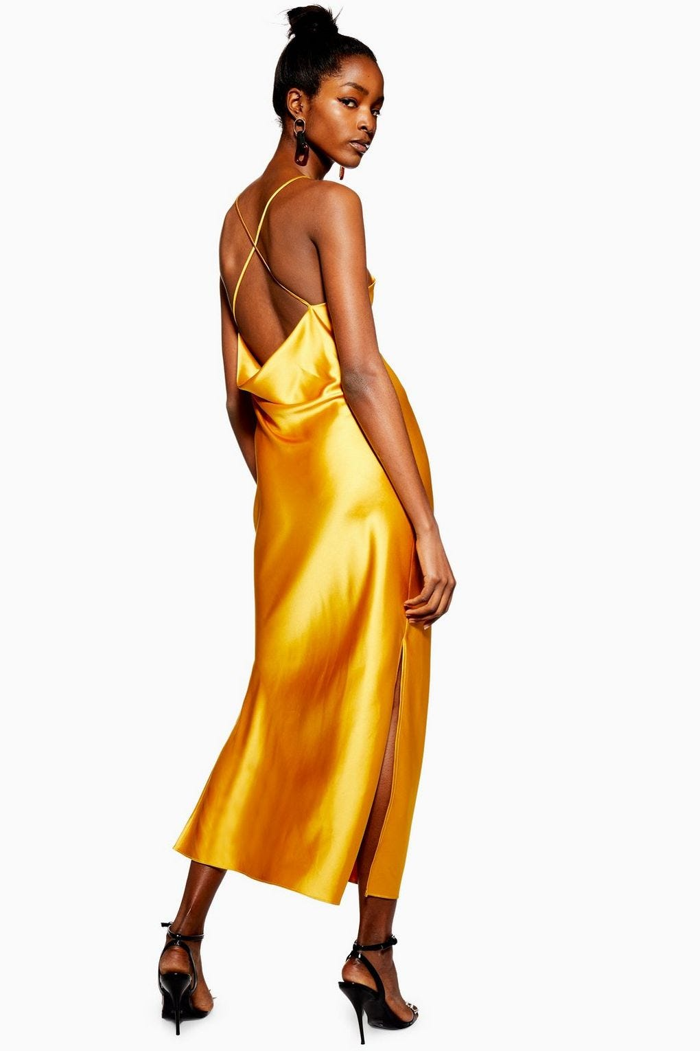 dc2163ec113 Prom Dresses Under  100 That Don t Look Cheap At All