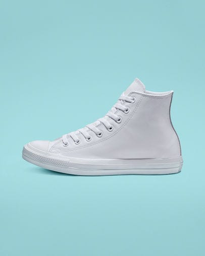 reputable site 9339d bd550 Best White Sneakers For Women - 2019 Cool New Trends