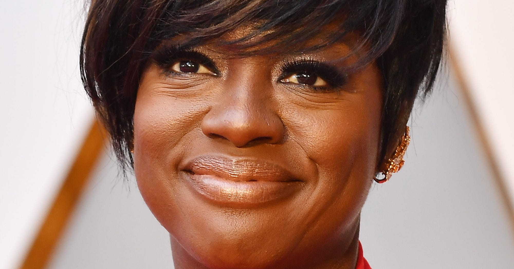 Viola davis says she is not making white actress salary for A davis brown salon