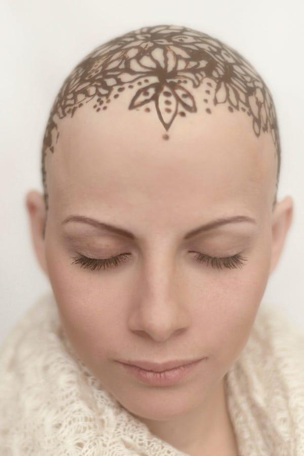 Women Hair Loss Henna Crown - Bald Beauty 8e0e05f18ac