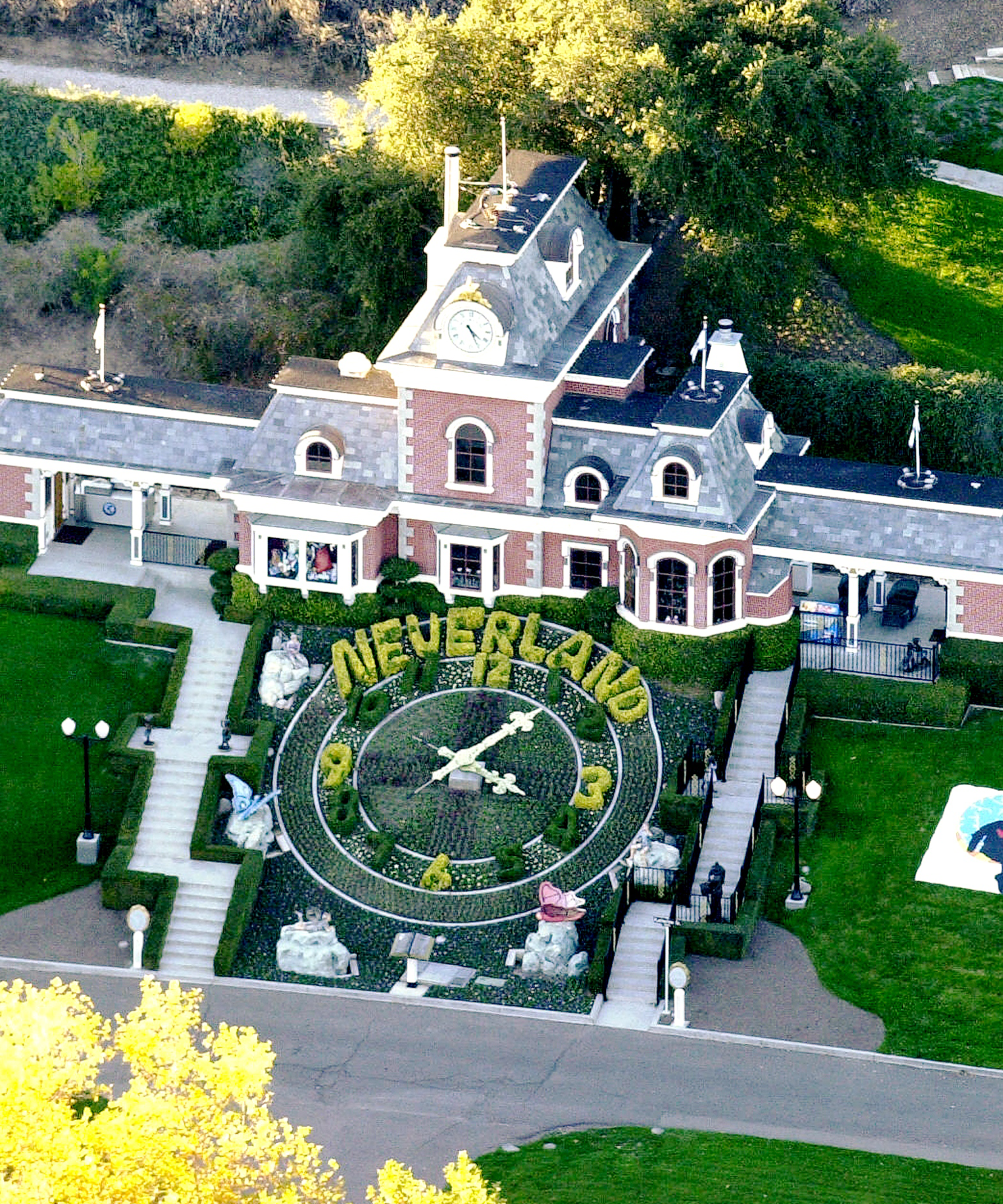New Owners Of Michael Jackson Neverland Ranch Selling