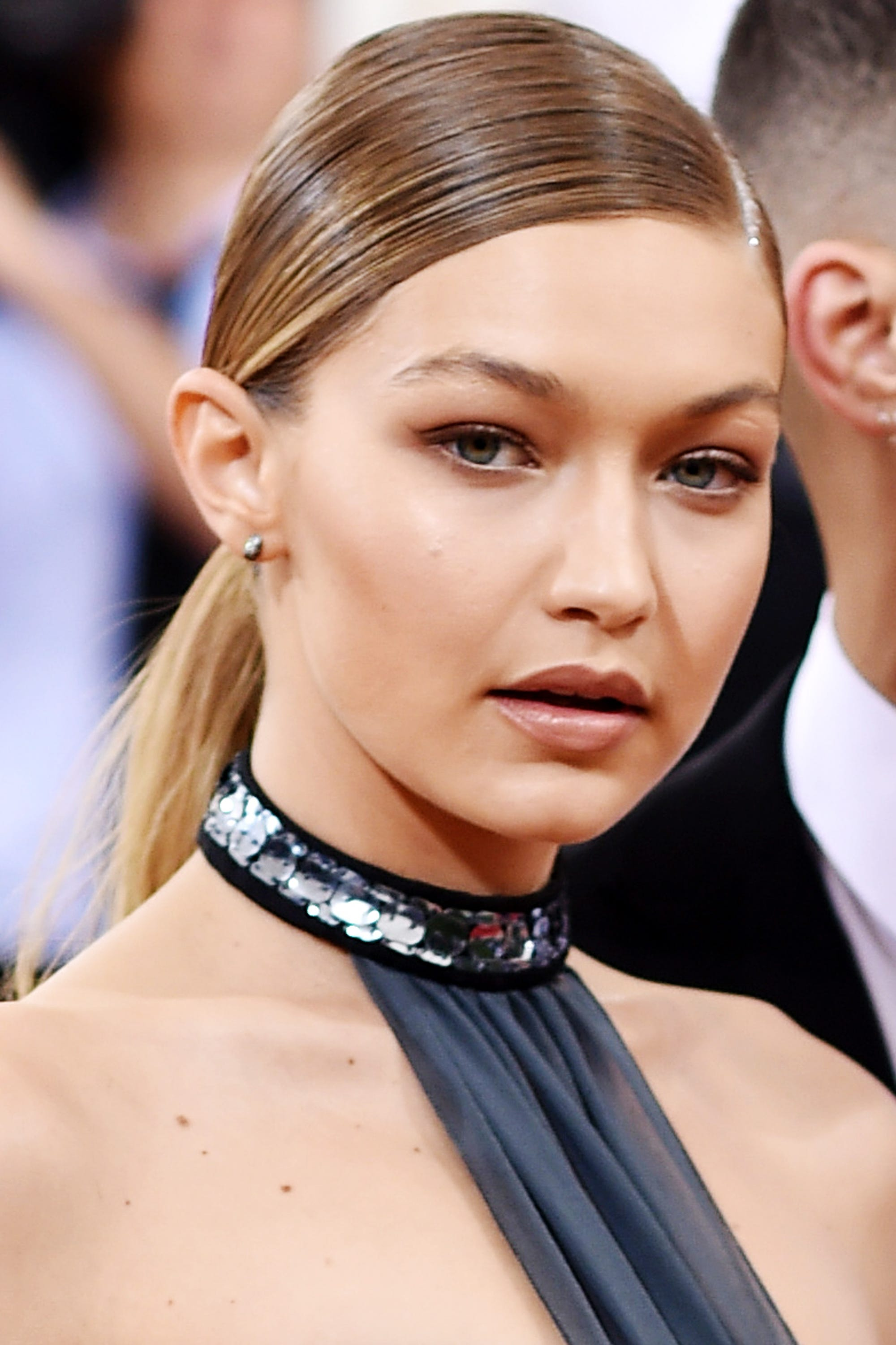 Gigi Hadid Best Beauty Trends - Dewy Skin Wavy Hair
