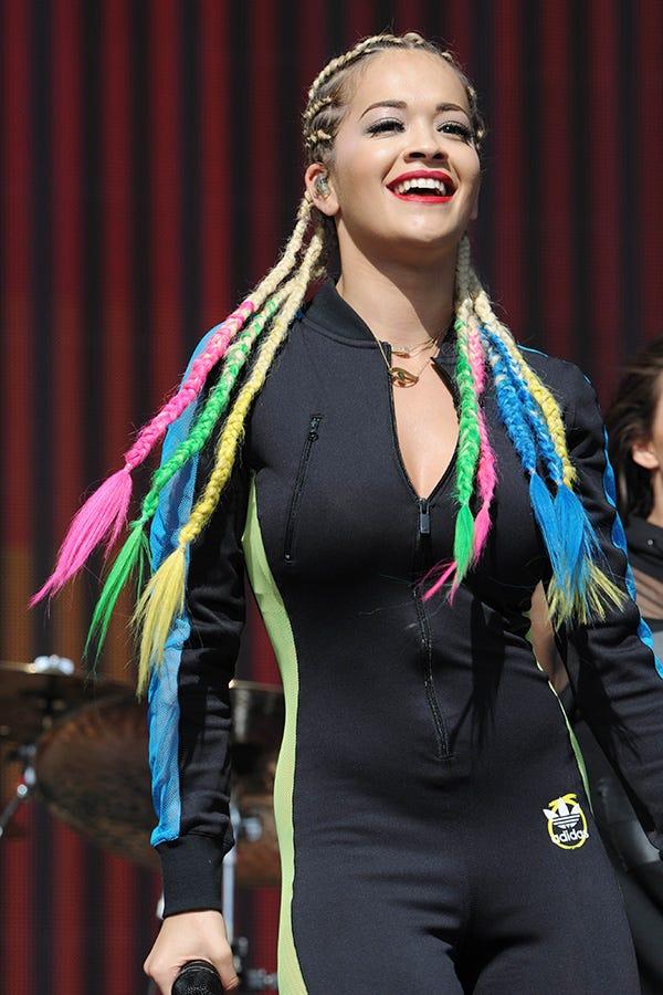 Rita Ora Rainbow Hair Braids - Pastel Weave Ombre Hair Blue And Green