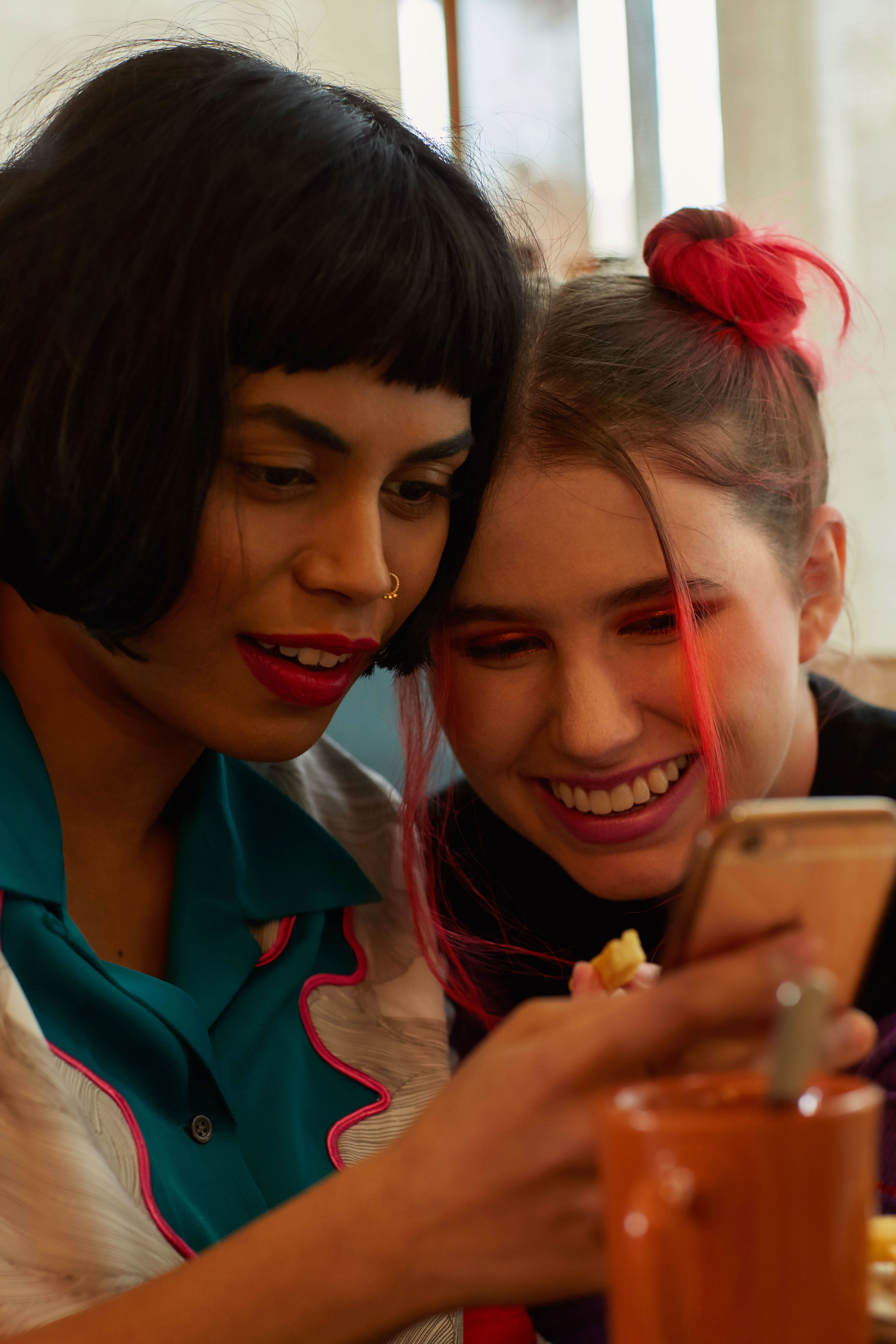 How To Make Friends In Your 20s As Adults After College