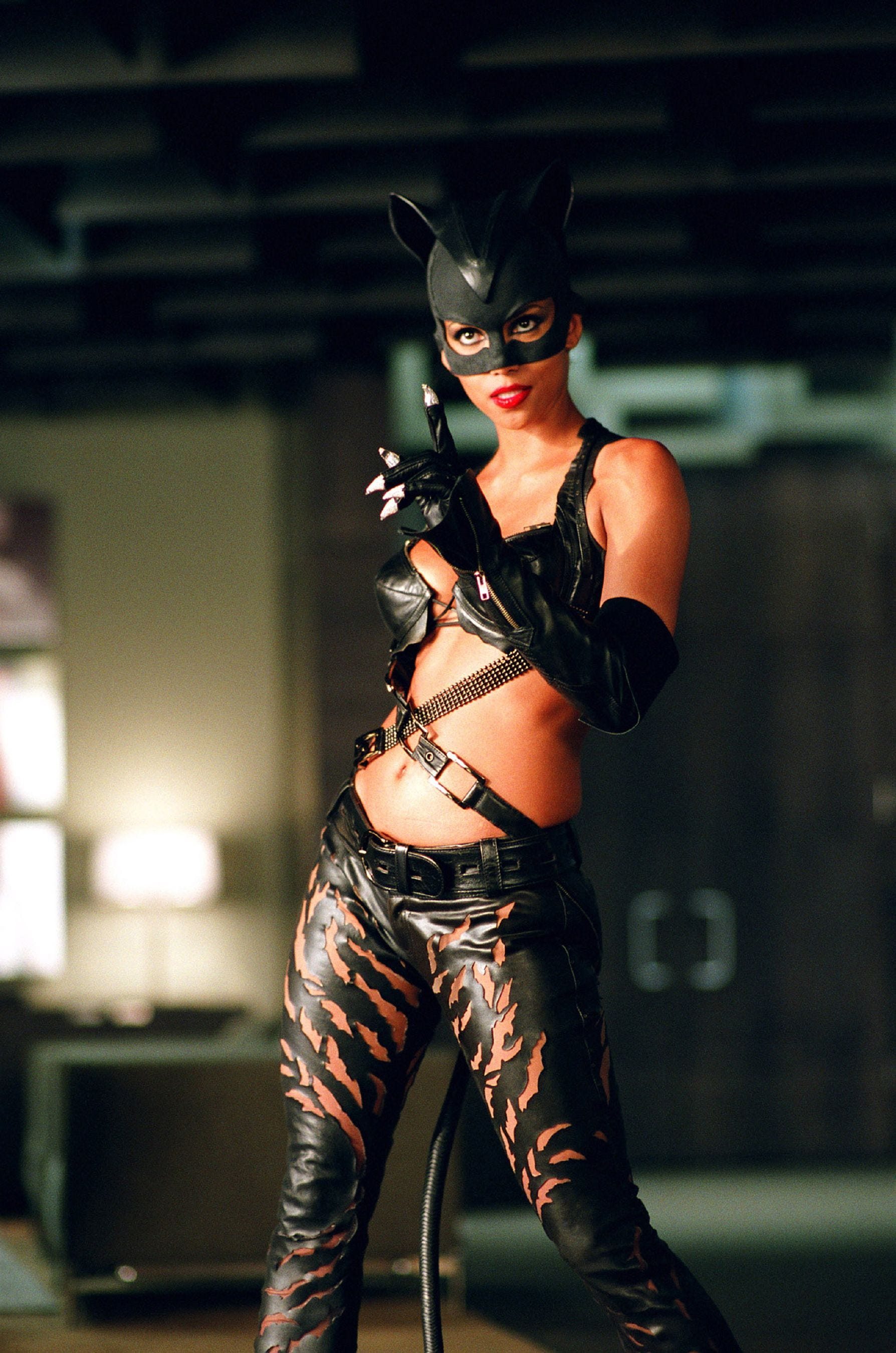 Female Villain Costumes From Catwoman To Regina George