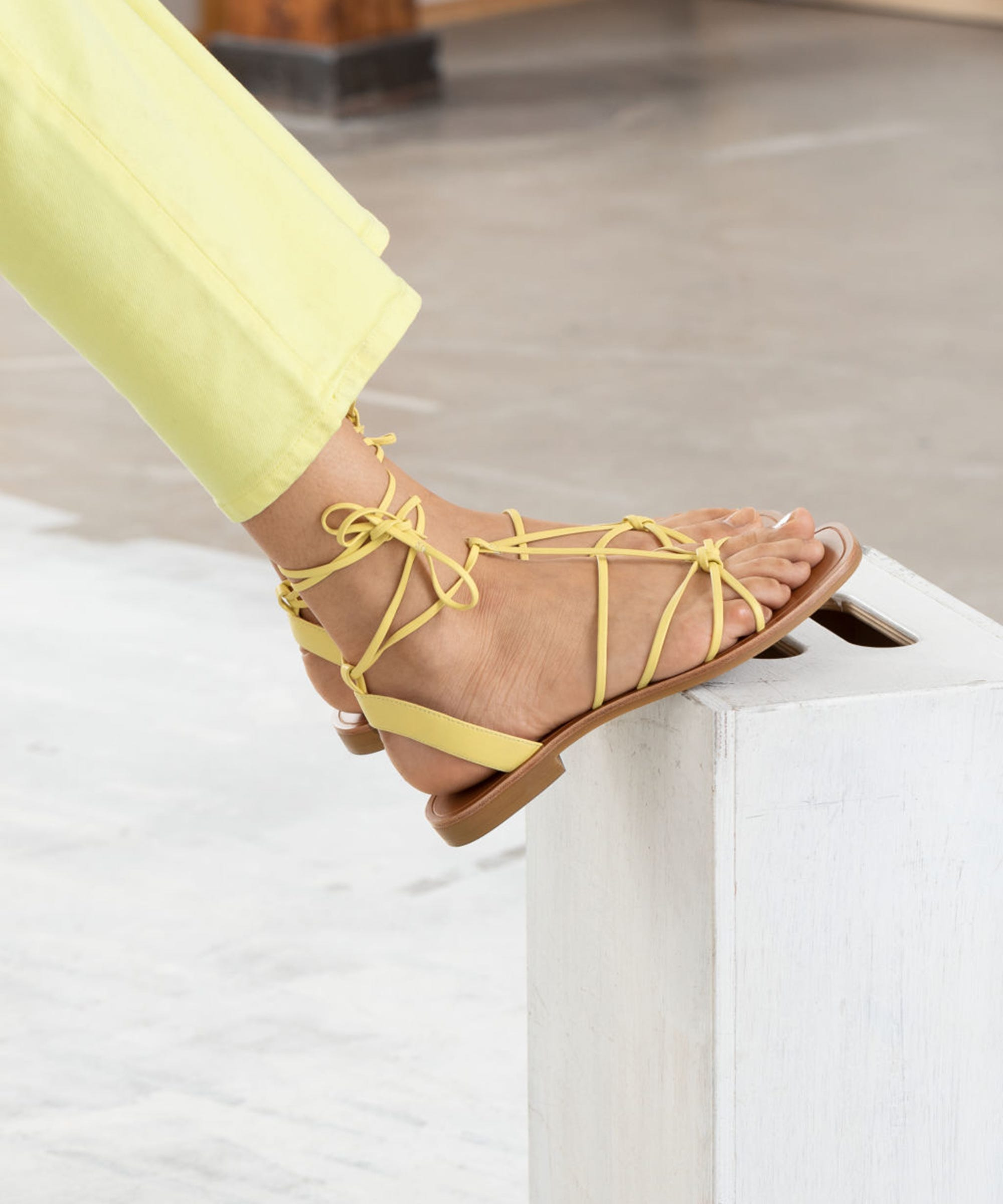 Lace Up Flat Sandal Spring Shoe Trends