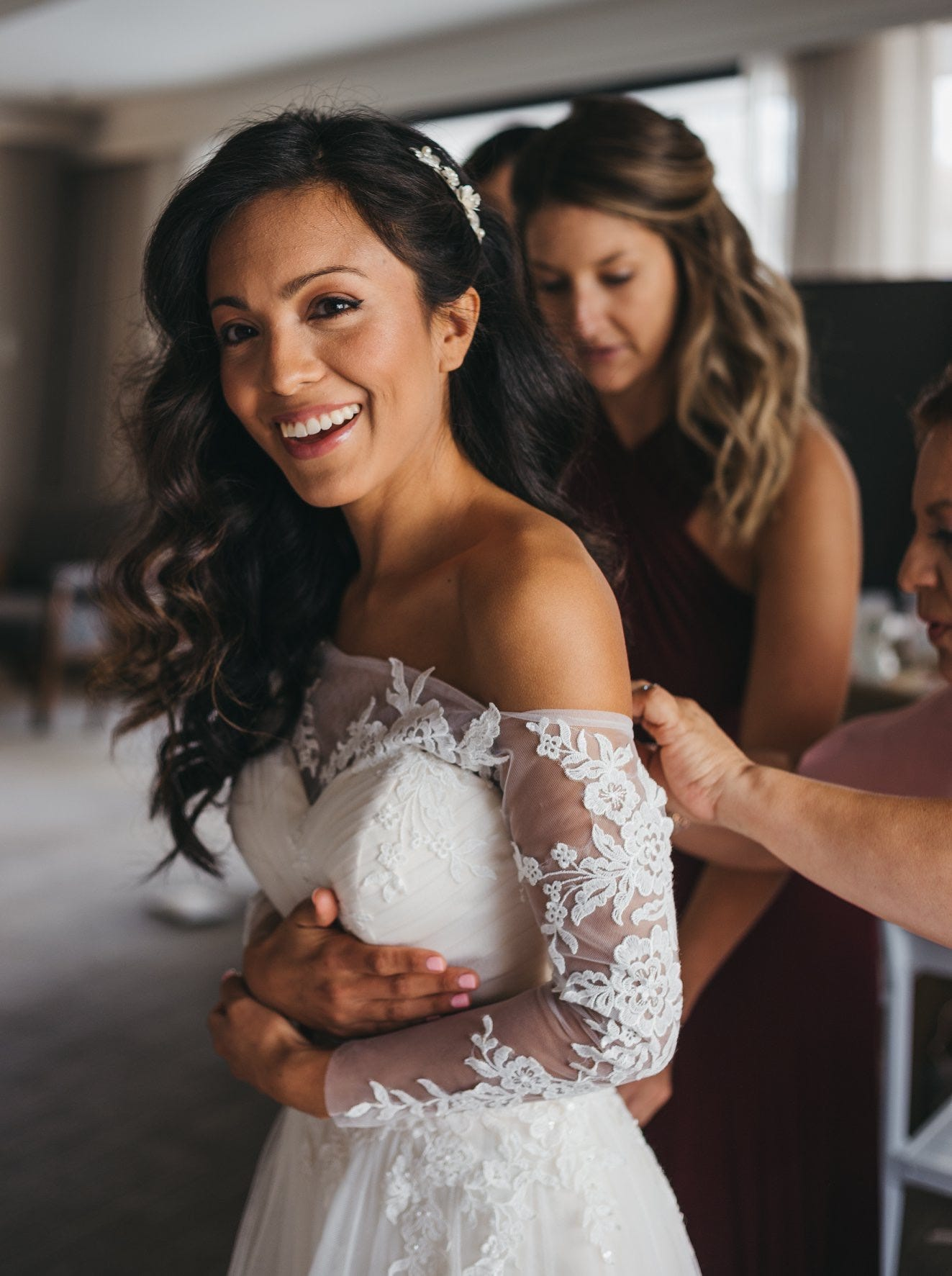 Brides Spend On Wedding Hair And Makeup