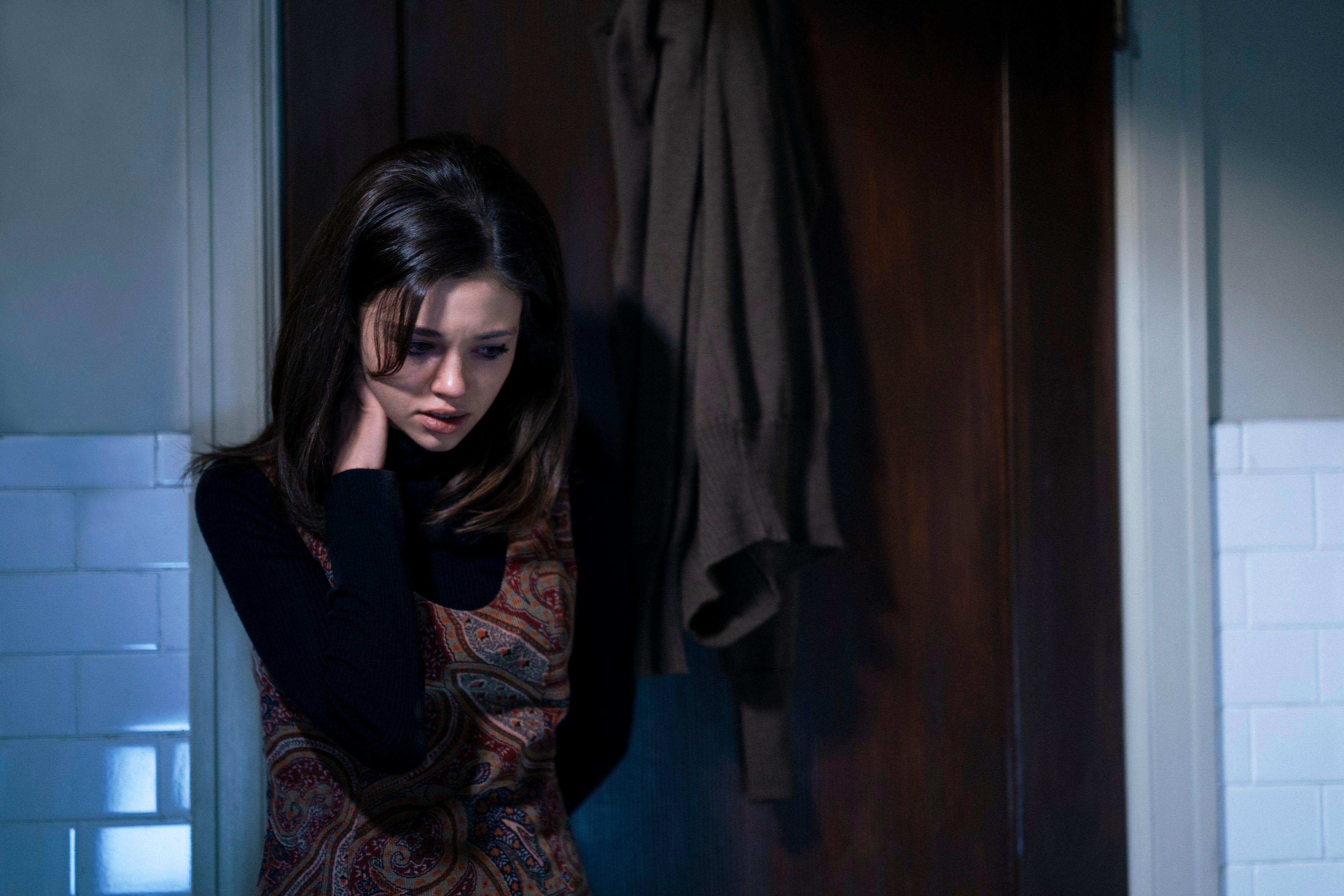 I Am The Night Season 1, Episode 4 Recap: Sepp Dies