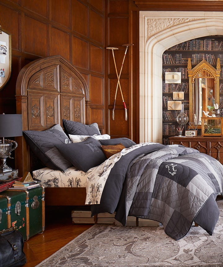 Pottery Barn Kids offers kids & baby furniture, bed linen and toys designed to inspire and delight.
