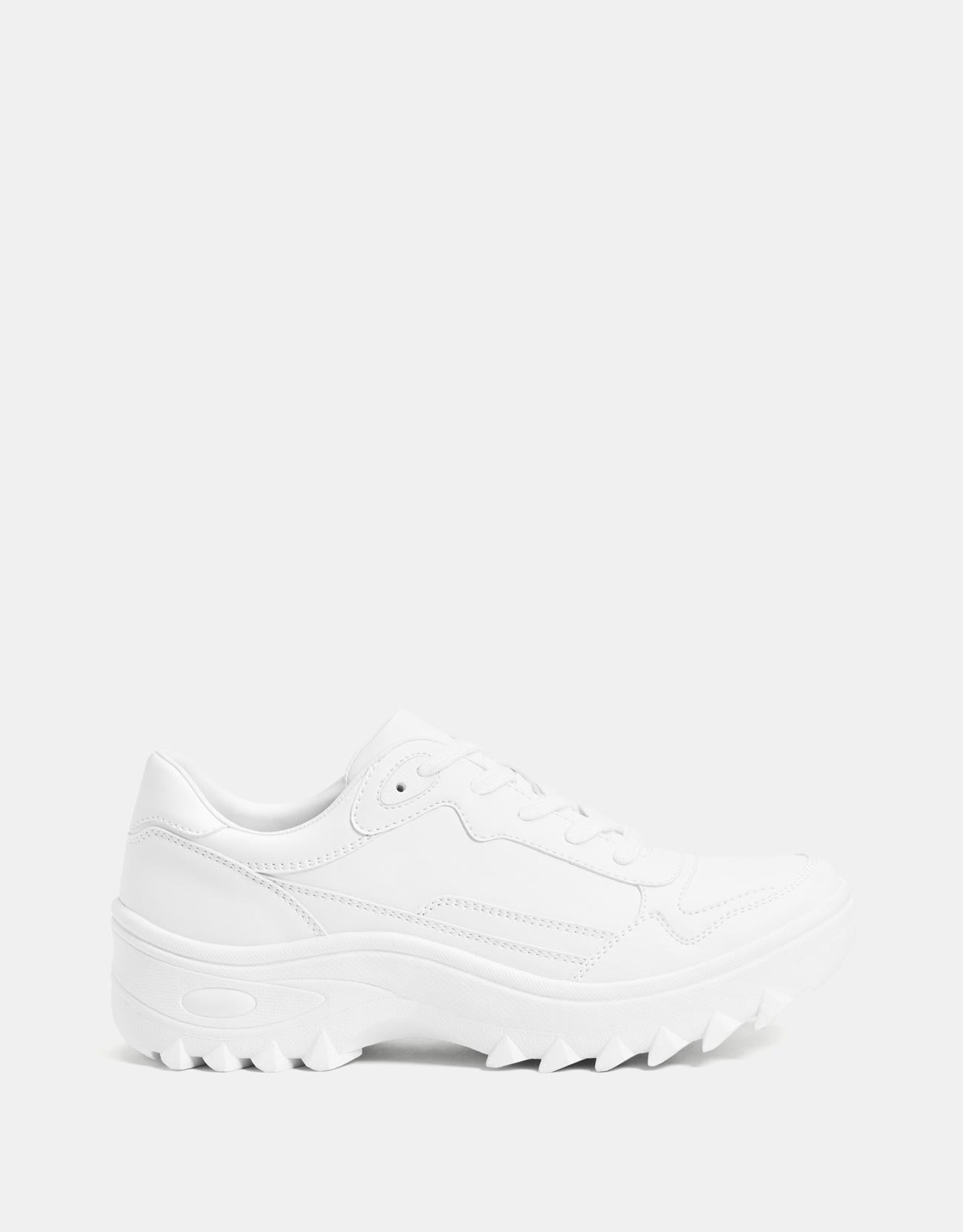 b0a9bdcdc5fb Bershka + White Platform Sneakers