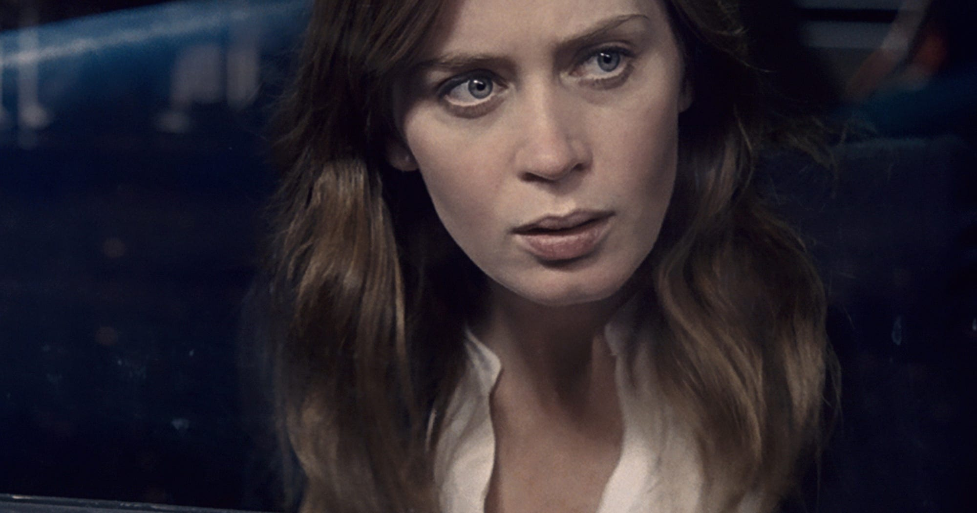 Emily Blunt Talks To R29 About The Girl On The Train