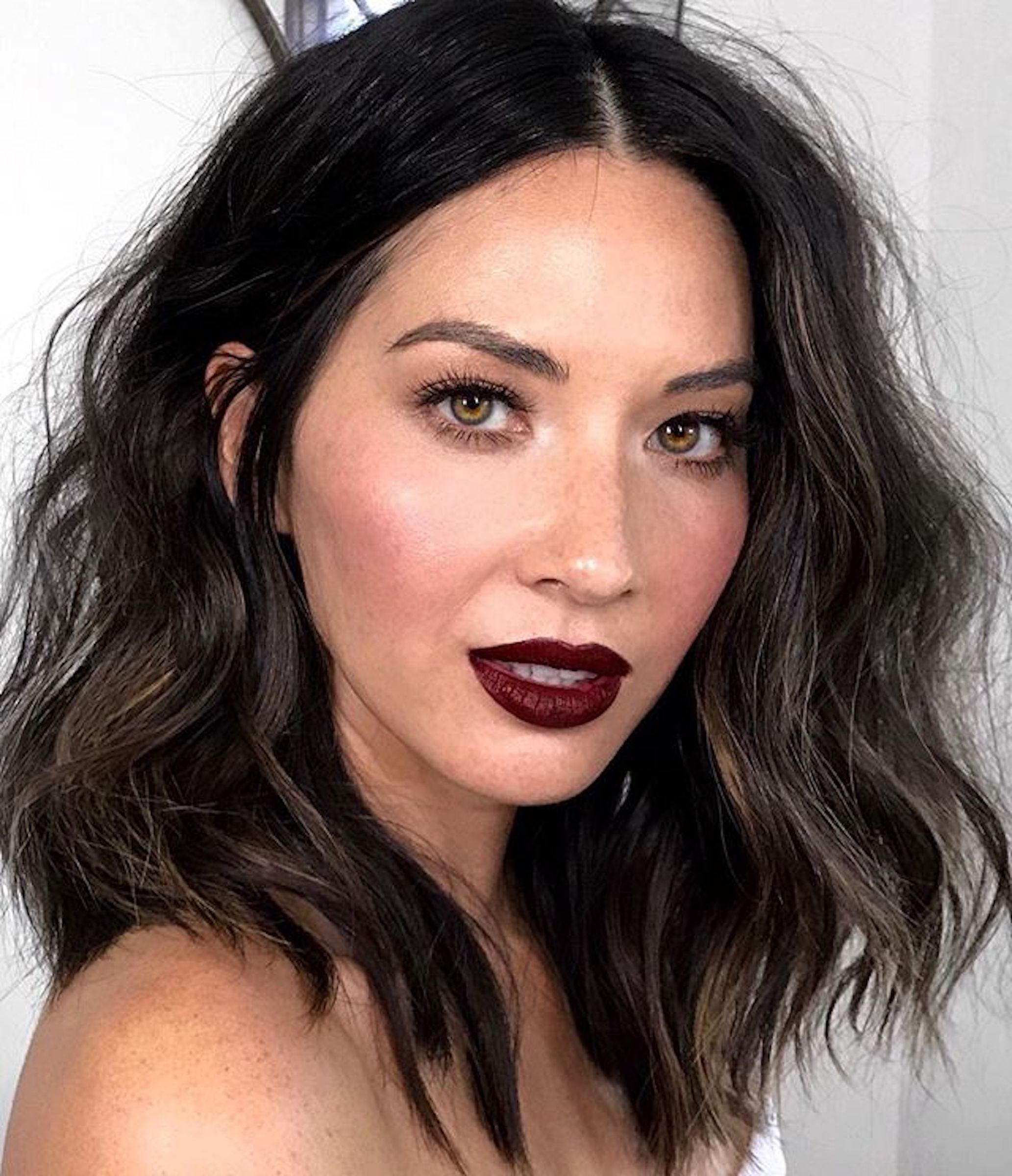how to pull off dark lipstick fall 2018