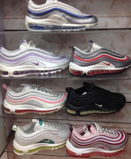 più recente 1380f cfacf Best Womens Sneakers, Comfortable Cute Shoes