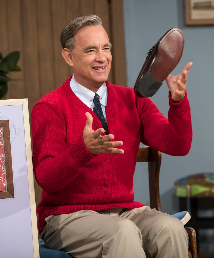 Tom Hanks A Beautiful Day In The Neighborhood Trailer