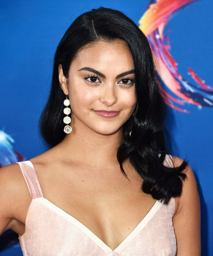 Camila mendes dating victor houston