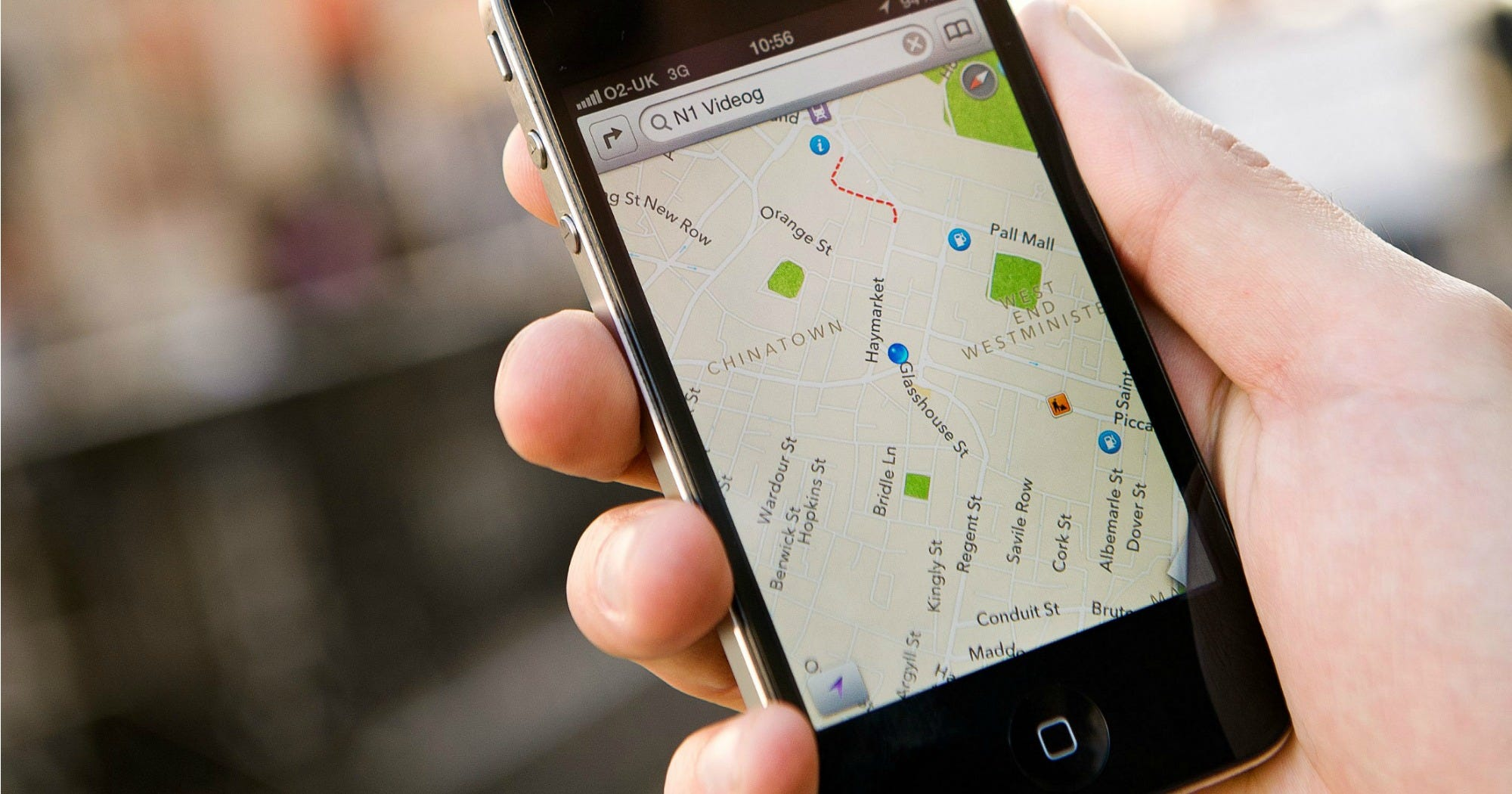 This Travel Hack Lets You Use Google Maps Without An Internet Connection