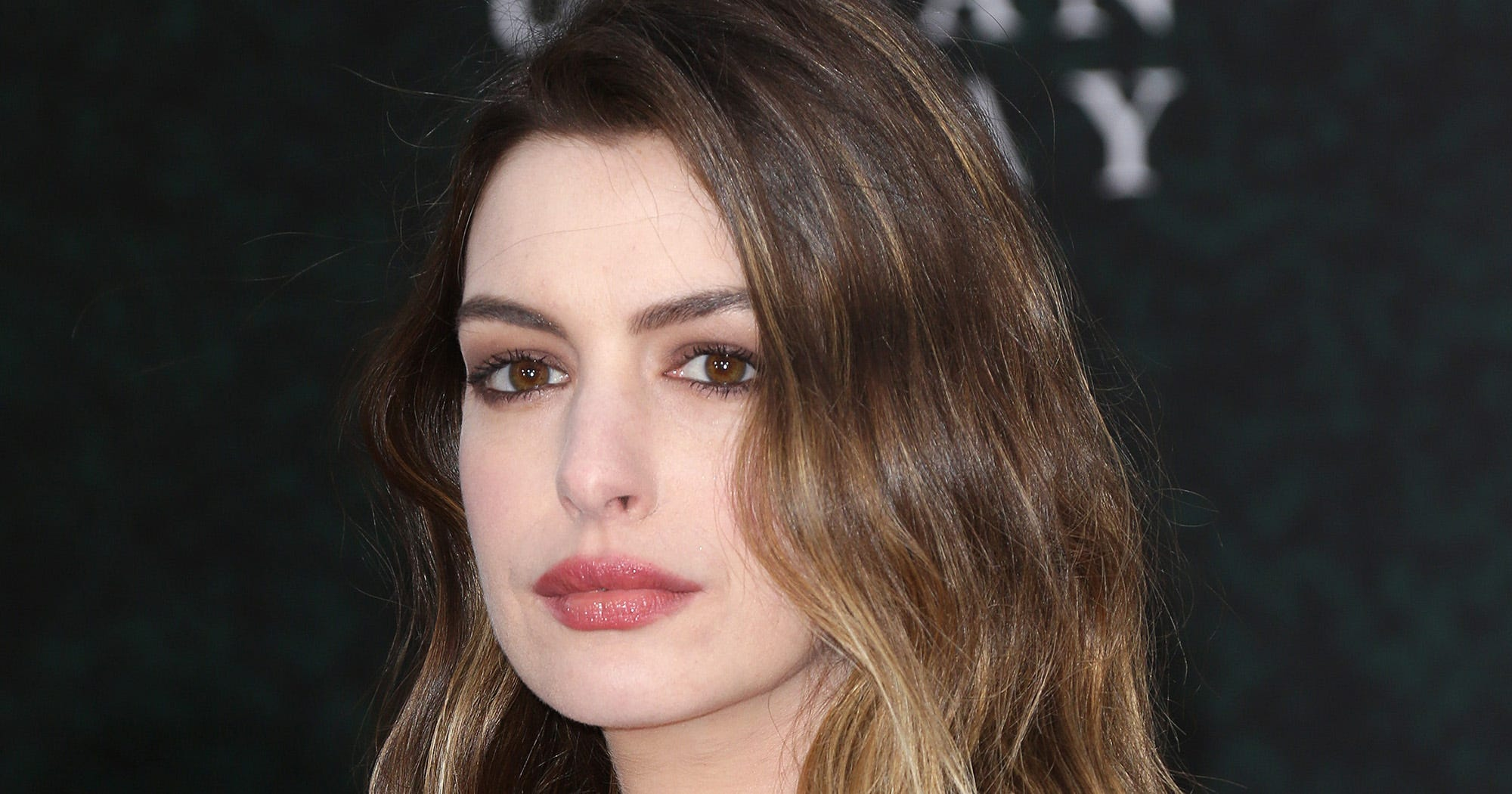 "Anne Hathaway Removes Kardashian Meme For ""Unintended Shade"""